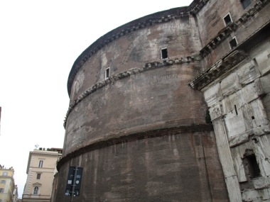 Das Pantheon von aussen