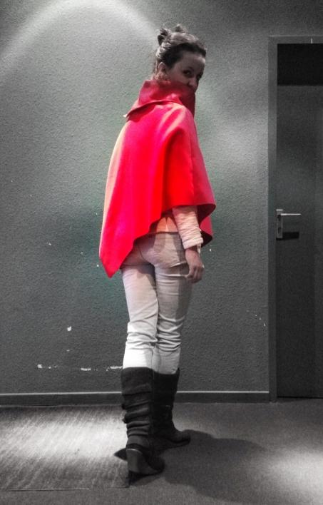 Roter Umhang 2