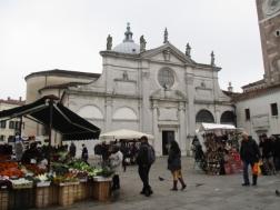 Markt vor der Parrocchia Santa Maria Formosa