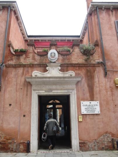 ... der Sitz der Carabinieri