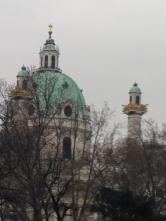 ... und der Karlskirche ...