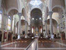 Sehr schöne, helle, lichte Kirche