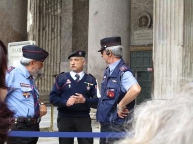 Der Polizeibeamte rechts war der Knaller, sehr unterhaltsam, auch wenn ich kaum was verstanden habe von dem was er erzählt hat