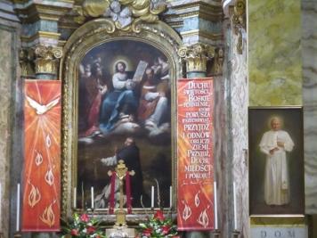 Saint Stanislao mit Feuerzungen geschmückt