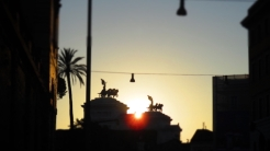 Monumento Nazionale a Vittorio Emanuele II in der Abendsonne