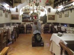 Die Italiener lieben ihre Vespa einfach ...