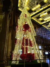 Weihnachtsbaum in der Galleria Alberto Sordi