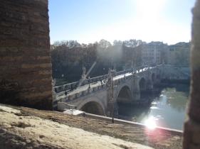 Blick auf die Engelsbrücke