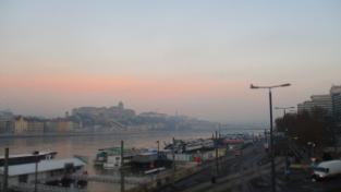Morgenröte über Buda