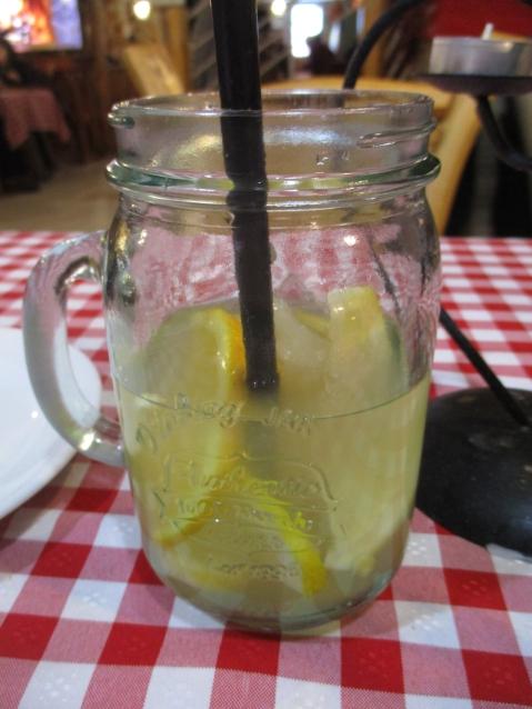 Mmmmhhh! Leckere selbstgemachte Limonade