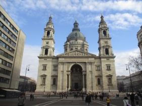 Die Basilika in ihrer vollen Pracht
