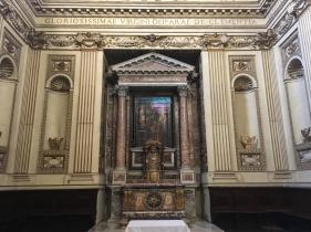 Altar der linken Seitenkappelle